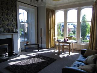 Stunning 2 bedroomed apartment in Grange, Édimbourg