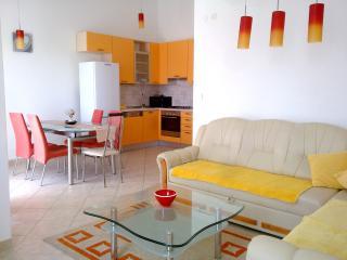 Villa Vranjica-Apartment 3, Seget Vranjica