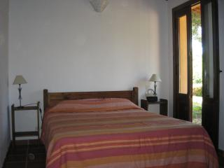 Dormitorio con cama doble 1,50x1,90