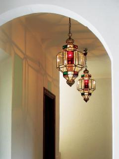 Hallway detail 1