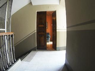 CENTRAL ROMANTIC APT IN TORINO, Turin