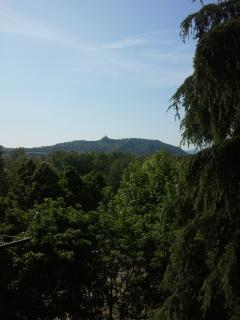 il panorama, la basilica di S. Luca