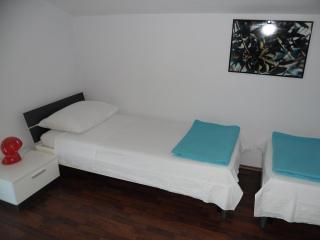 Villa Stegic - twin room, Tisno