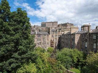 Castle View, Central, Traditional and Luxurious