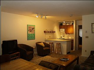 Conveniently Located Condo - Walk To Dining, Nightlife and Shopping (1370), Telluride