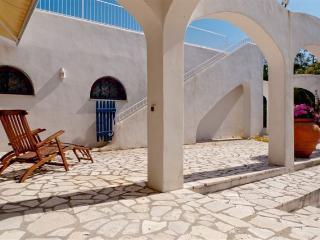 Magnifica villa con discesa in spiaggia privata, Sabaudia
