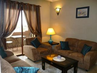 BEAUTIFUL APARTMENT FURNISHED, 4 pieces with 2 Bedrooms, Internet access