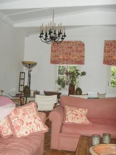 Main cottage living room 2