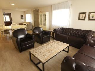 Suite 6+2 pax- RuralSuite Hotel-Apartamentos, Cascante