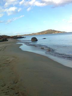 spiaggia sabbiosa di orrì