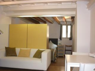 LOFT IN THE HEART OF OLD TOWN, Palma de Majorque