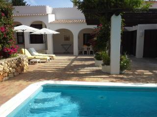 Villa with pool in the Algarve, Carvoeiro