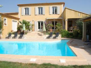 """""""Villa Marguerite"""" by PROVENCE PARADISE, Saint-Rémy-de-Provence"""