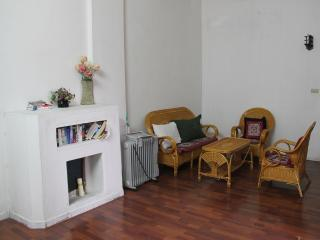Large Apartment Trang Thi St, Central Hanoi, Hanói