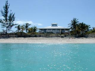 Excellent memories and fun at this Grace Bay beachfront estate in Turks & Caicos