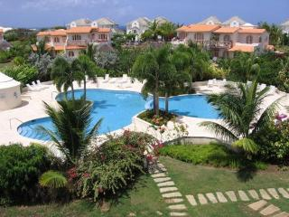 A Beautiful Privately Owned 2 Bedroom, 2 Bathroom Villa, Porters
