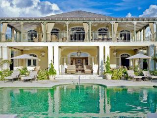 A Magnificent Five-Bedroom Colonial Style Villa, Sugar Hill