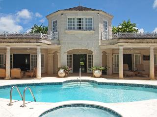 Happy Days- Sandy Lane - Ideal for Couples and Families, Beautiful Pool and