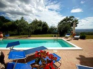 Detached villa with private pool and fenced garden at 200 meter from village