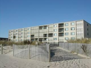 NICE Constellation House OCEANFRONT Condo-52nd St!, Ocean City