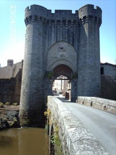 Historic Parthenay 20 mins: Enter the Medieval Quarter through a Gate set in ancient city walls.