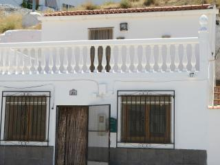 Holiday Cave House in Freila - Cueva Blanca -