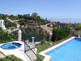 MARBELLA EL ROSARIO VILLA- PANORAMIC SEA VIEWS, Marbella
