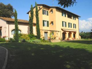 Country Villa with Pool near Florence, Montespertoli
