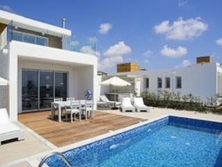 Pafos Designer 2 bedroom Villa + Pool - #PCT