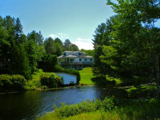 Please book thru the Vacation Home Rentals site., Deerton