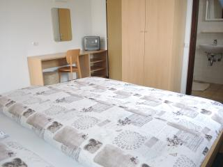 Double Room with Balcony and Sea Views SB23