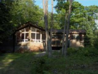 Viceroy Cottage In The Heart Of Tranquility - Just Listed!! (Near Haliburton)