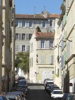 rue Falque, tranquille, en plein centre