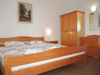 SB29 Room with cute terrace and sea view, Portoroz