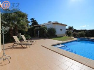 MJ000163 Charming 2 Bed 2 Bath Villa, Javea
