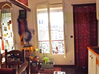 2 rooms flat Paris near St Martin's Canal