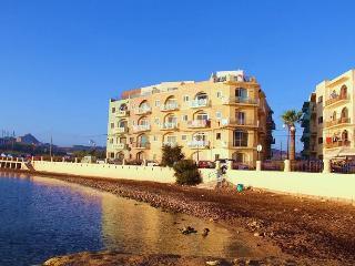Gozo Marsalforn (qbajjar)