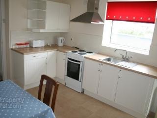 Portstewart Apartment, seaview, near golf + beach