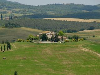 Farmhouse with Spectacular Panorama near Pienza