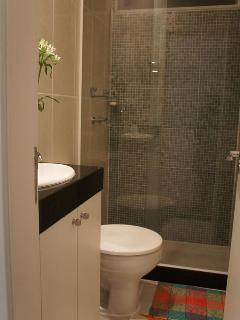 Banheiro da suite.