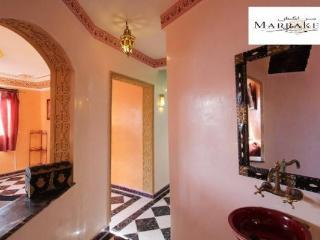 entrée avec lave main style marocain
