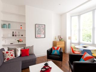 CHARMING Apartment 15min to centre, Londres
