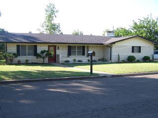 Brentwood House In Peaceful Woodway Neighborhood, Waco