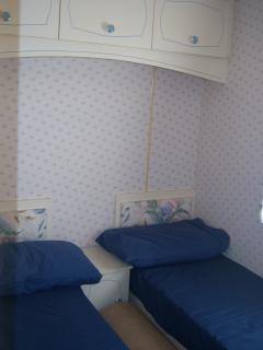 Twin/double bedroom (all bedding-duvets and pillows provided)