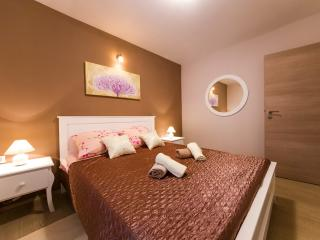 Great Shabby Chic Apt. in Zadar Old Town