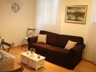 Apartment 'Nona' near the beach Bacvice