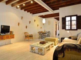 Palma Old Town loft for 4 pax, Palma de Mallorca