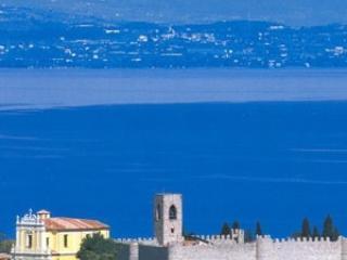 Castello, Lago di Garda, Moniga del Garda