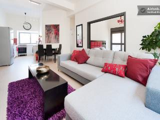 TLV LUXURY centeral 2 Bedrooms, Tel Aviv