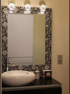 Salle de bain chambre moderne